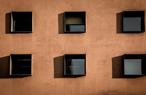 "Berliner Architekturdetails • <a style=""font-size:0.8em;"" href=""http://www.flickr.com/photos/91404501@N08/29221819384/"" target=""_blank"">View on Flickr</a>"