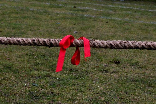 Project 365 #74: 150313 Showing The Rope by comedy_nose, on Flickr