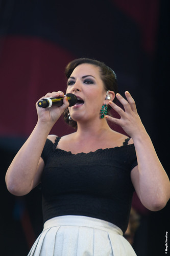 """Caro Emerald-5 • <a style=""""font-size:0.8em;"""" href=""""http://www.flickr.com/photos/118602681@N02/7939591686/"""" target=""""_blank"""">View on Flickr</a>"""