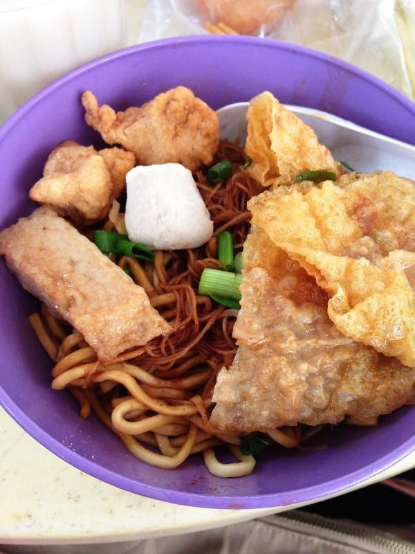 Kampar fish ball noodles