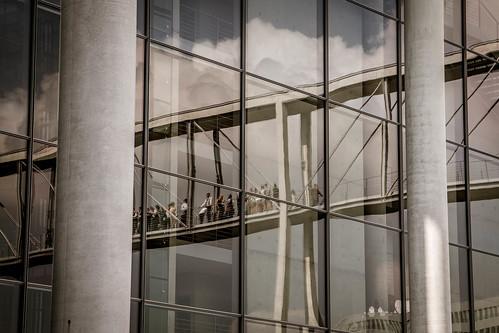 "Berliner Architekturdetails • <a style=""font-size:0.8em;"" href=""http://www.flickr.com/photos/91404501@N08/29222774113/"" target=""_blank"">View on Flickr</a>"