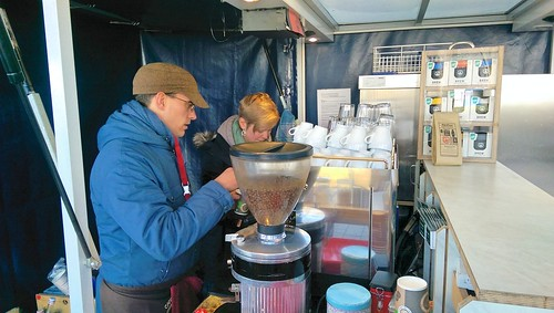 Kaffeeausgabe im Cafe-Roller.de