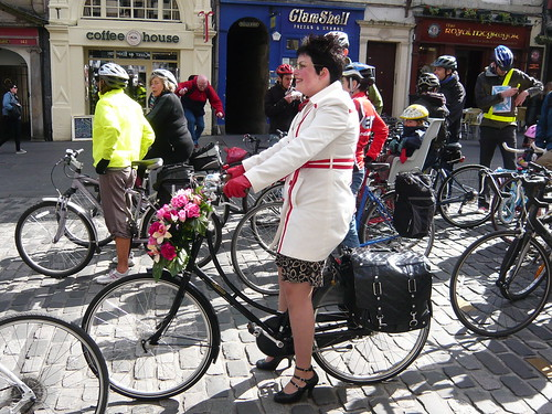 City Cyclist Chic Pedal on Parliament