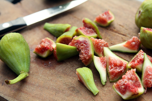 fresh figs for chutney
