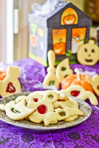 Halloween Window Cookies 11