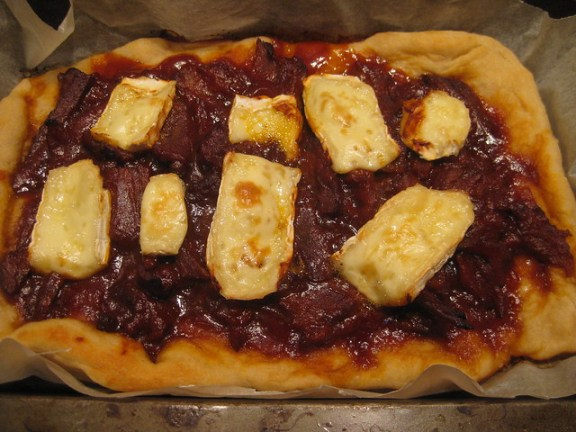 Barbecue Beef and Brie Pizza