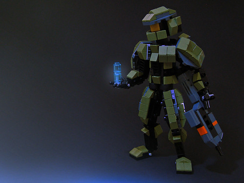 Lego master chief models the brothers brick lego blog - Lego spartan halo ...