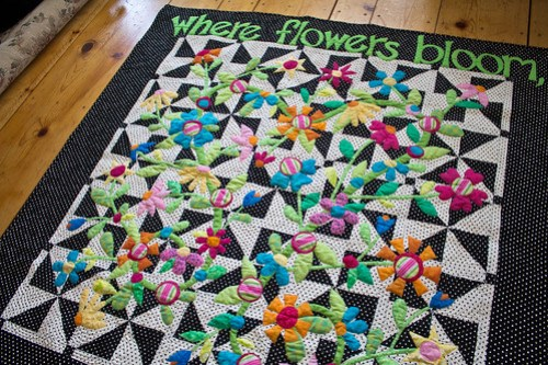 8326873023 79494933d8 Where Flowers Bloom    Finished quilt beauty shots