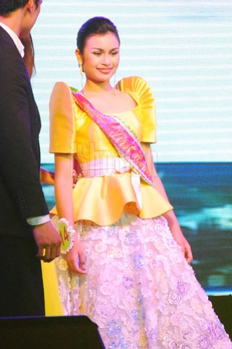 Bb. Lungsod ng Batangs 2013 Tanya Montalbo Lodhi (1st runner-up).