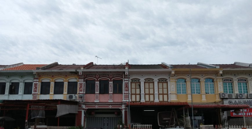 Perfectly in sync house colors, George Town - Penang