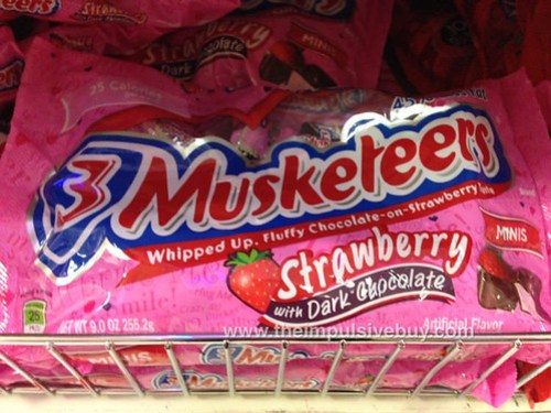 Dark Choco Strawberry Mini Musketeers