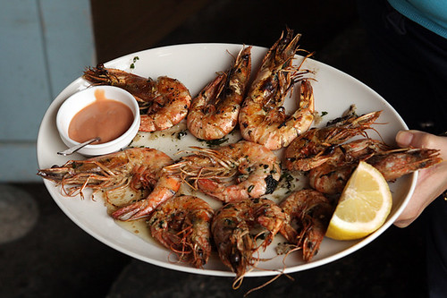 grilled shrimp with cocktail sauce