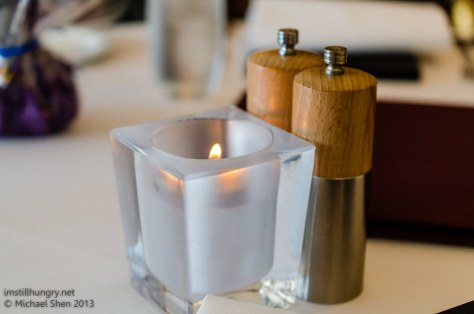 Aria tableware