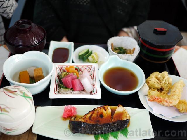 Yurakuen Japanese Restaurant-008
