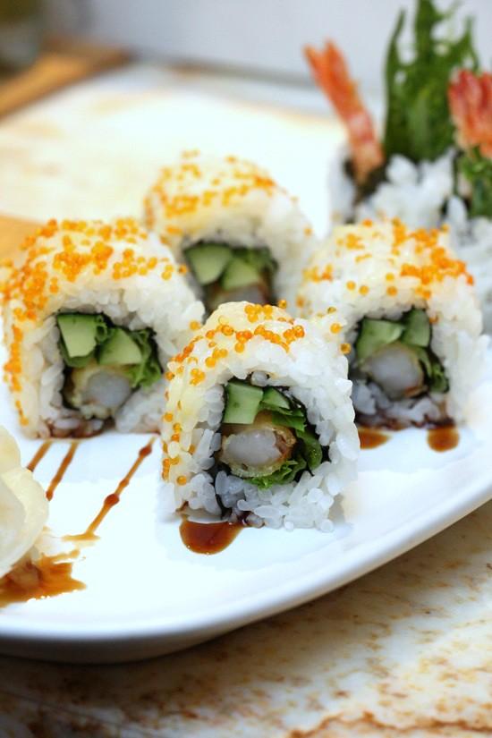 prawn tempura maki