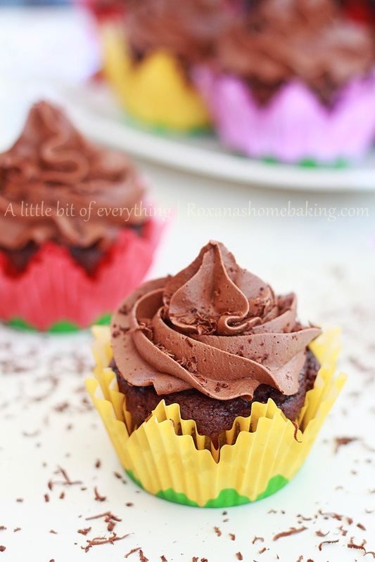 Chocolate Cupcakes with Chocolate Frosting - One of the richest chocolate cupcakes I've made so far, topped with a creamy chocolate buttercream. Recipe from Roxanashomebaking.com