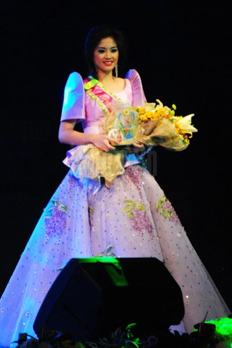 Bb. Lungsod ng Batangas 2013 Rosa Tanya Arellano (4th runner-up).
