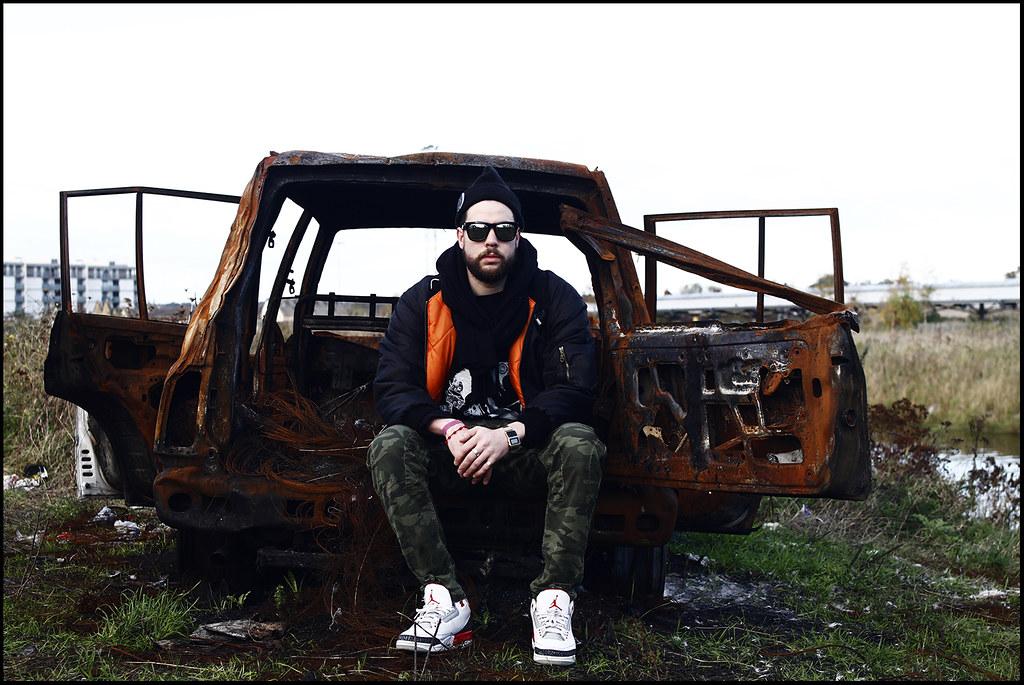 Tuukka13 - A Sunny Saturday on the North Side of Dublin - PHOTO DIARY - WDYWT Jordan III Fire Red, Denham Camo Cargos, Daniel Palillo Hoody, Bomber Jacket, Mirror Sunglasses and beanie with Givenchy Pin - 8