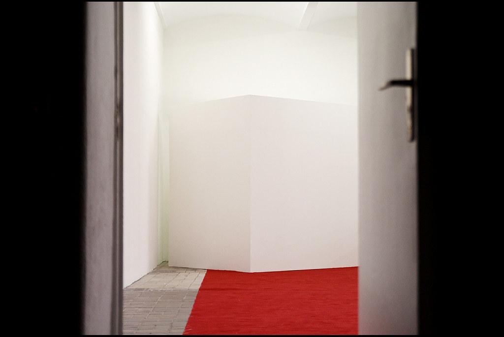 Tuukka13 - Photo Recap - ONE ON ONE - KW Institute for Contemporary Art, Berlin - 01.2012 - 7