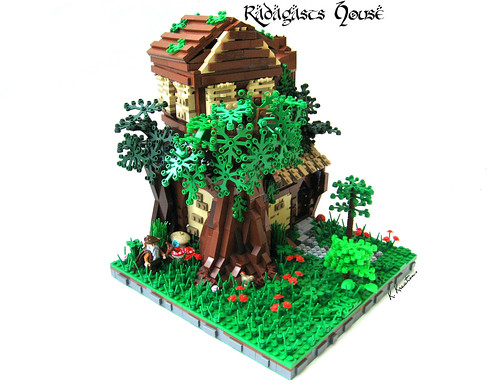LEGO Radagast the Brown's house on Flickr