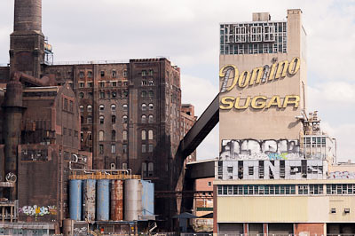 NYC-2010_Domino_Sugar