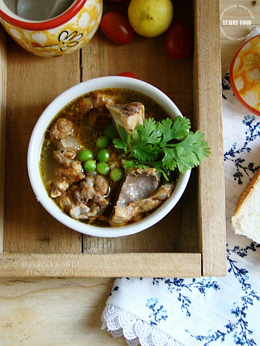 Nihari - Spicy Soup with Tender Lamb Bones