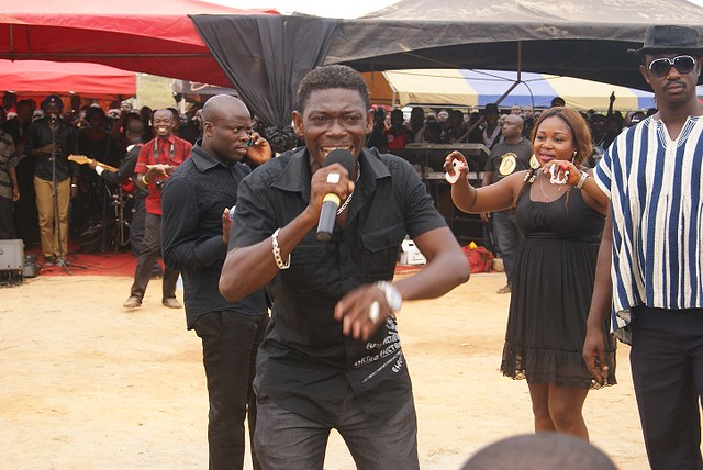 8564006635 89de2ef347 z Photos from the burial of Asamoah Gyan's mother
