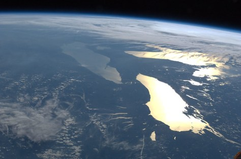 Great Lakes in Sunglint (NASA, International Space Station, 06/14/12)