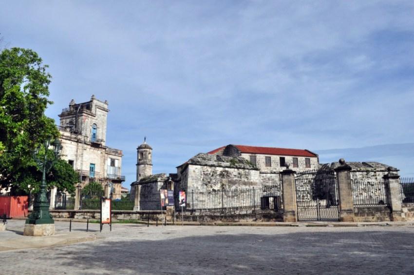 La fortaleza construída en 1558 tenía como principal problema estratégico su ubicación geográfica. Situada muy adentro del canal de entrada de la bahía de La Habana, no cumplía con el objetivo con el que fue construida: disuadir y proteger a La Habana del ataque de corsarios, piratas y enemigos de la corona española.