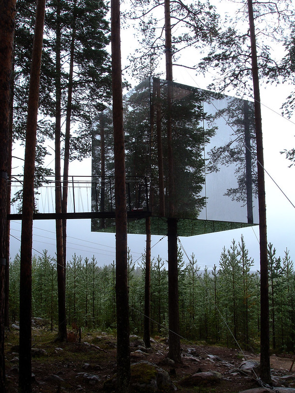 TUUKKA13 - INSPIRATION: NOTES ABOUT INTERIOR DESIGN Part 2 - The Treehotel - The Mirror Cube is by Tham et Videgård architects