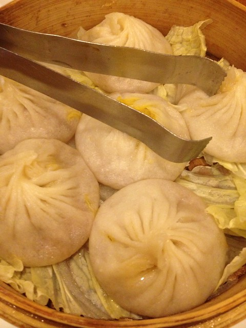 Chinatown in New York, A Food Tour of Flushing, Soup Dumplings