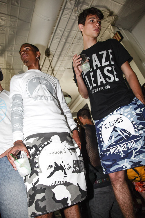 HOOD BY AIR- CLASSICS 2012 COLLECTION FEATURING- SHAYNE OLIVER - DESIGNER VENUS X A$AP ROCKY A$AP MOB VFILES and MORE - 11