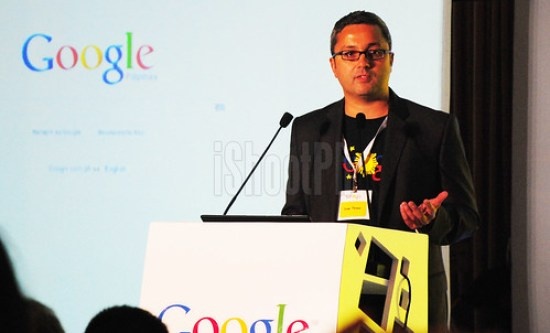 Julian Persaud, Managing Director, Google Southeast Asia, talks in front of the members of the press and distinguished guests.