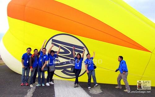 SM City Clark Team waving before the flight