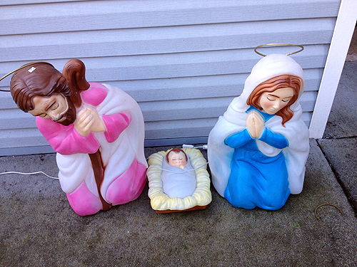 Light-up nativity figures