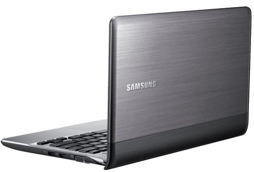 Samsung NP305 laptop