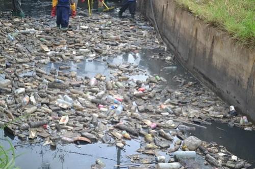 Valas de Drenagem em Limpeza