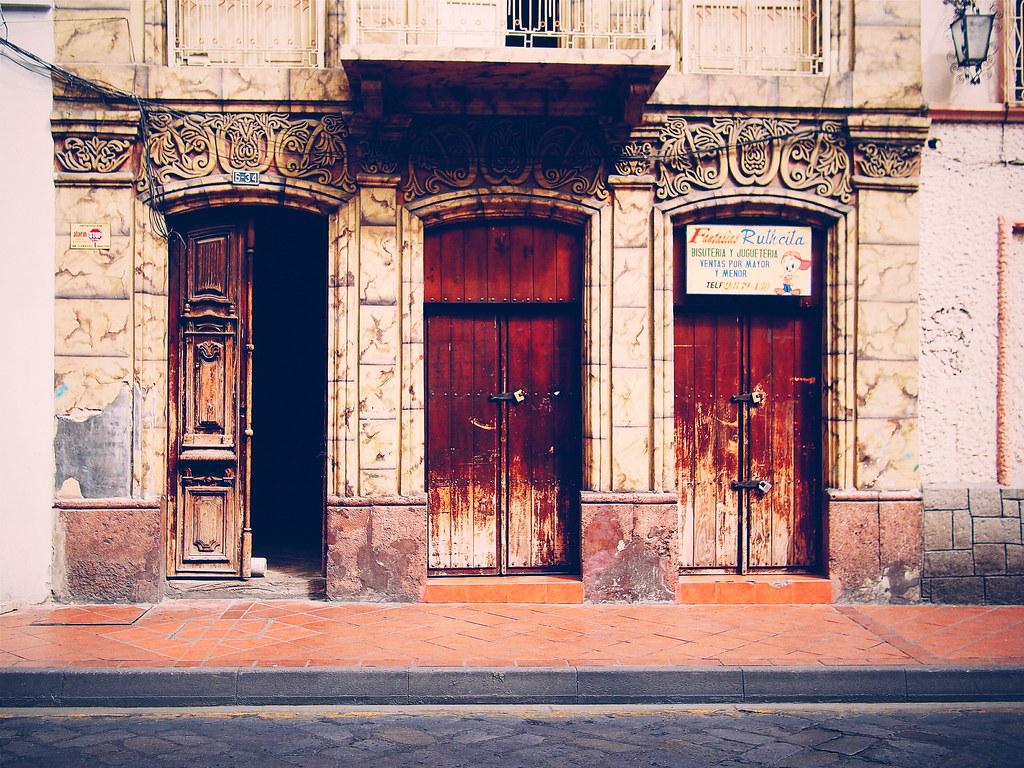 Cuenca Architecture
