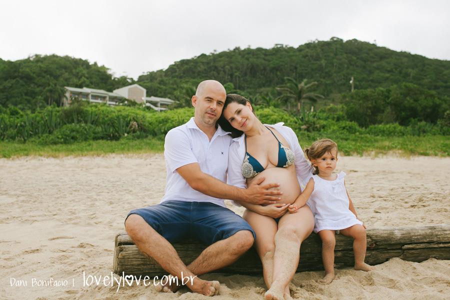 danibonifacio-lovelylove-fotografia-gestante-gravida-praia-ensaio-foto-book-balneariocamboriu-familia-infinityblue-12