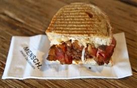 Pastrami sandwich at Mensch