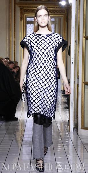 BALENCIAGA fall 2011 runway selection brigitte segura photo 13 nowfashion.com on fashion daily mag