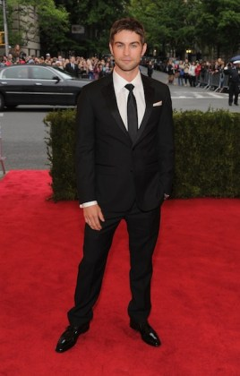 chase crawford at Costume Institute Gala wearing kenneth cole on FashionDailyMag