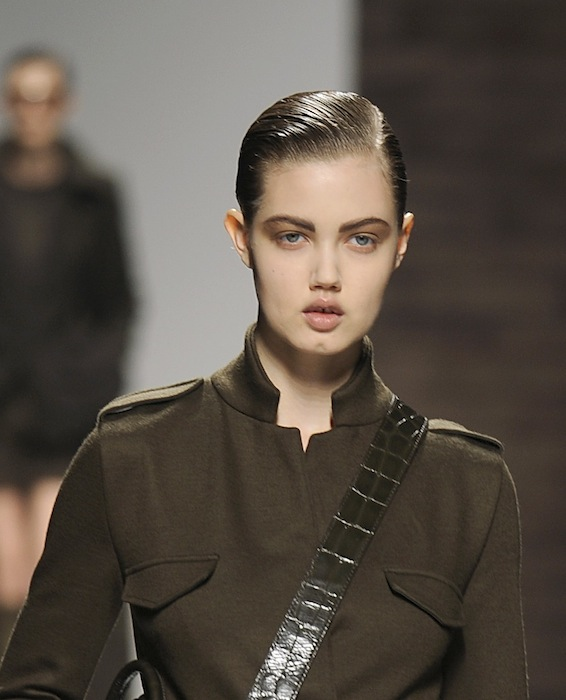 MM LOOK 25 lindsey wixson maxmara fall 2012 FashionDailyMag sel