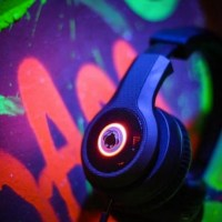 BOOMPHONES phantom | tune out in STYLE