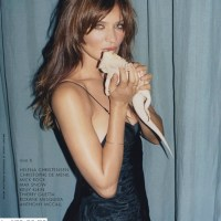 Helena Christensen still shines like a rockstar