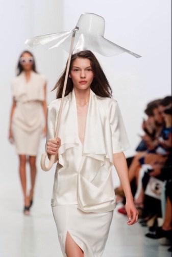 Chalayan spring 2014 PFW fashiondailymag sel 5