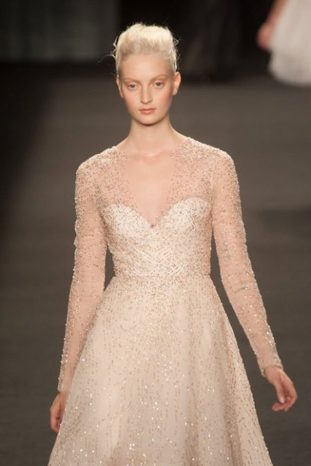 MONIQUE LHUILLIER Fall 2014 NYFW fashiondailymag sel 31b