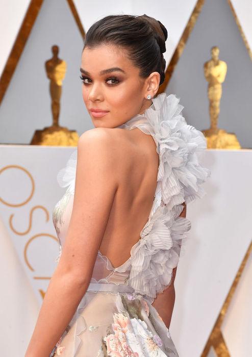 hailey seinfeld 89th Annual Academy Awards - Arrivals