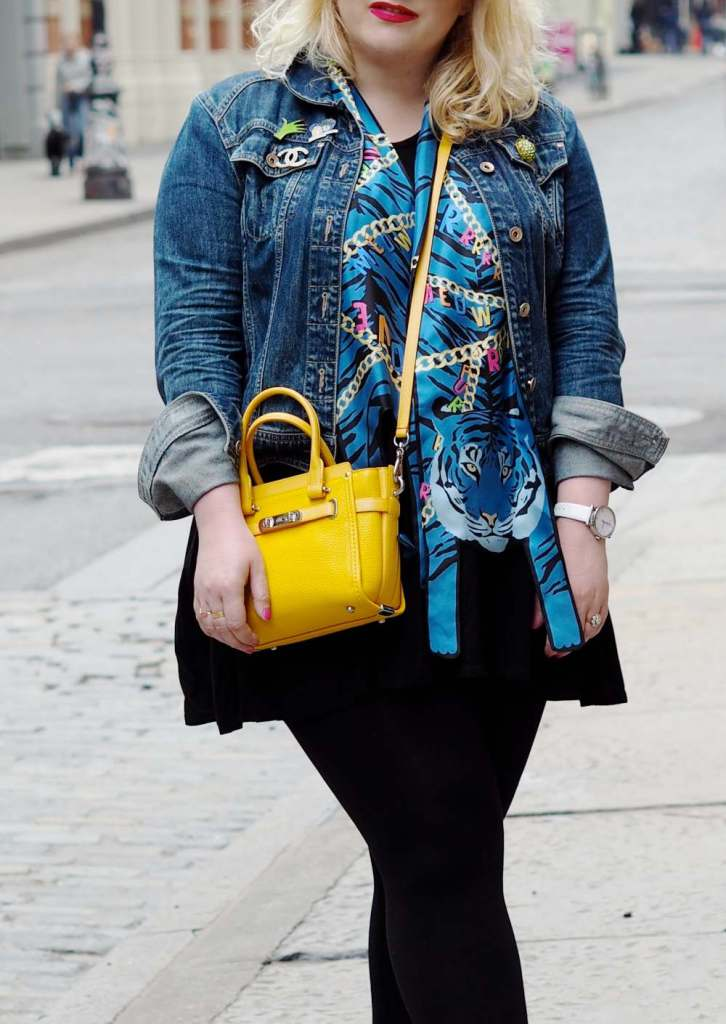 cleo-ferin-mercury-blue-tiger-and-chains-scarf