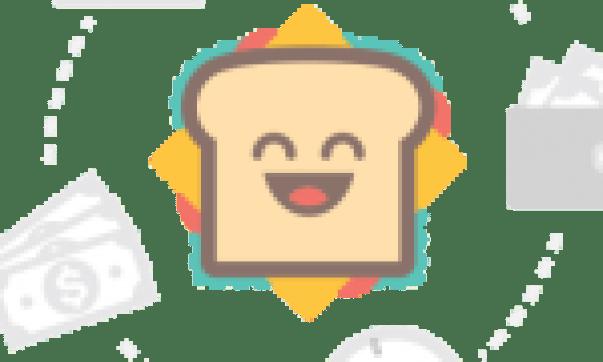Harper's Bazaar april 2012